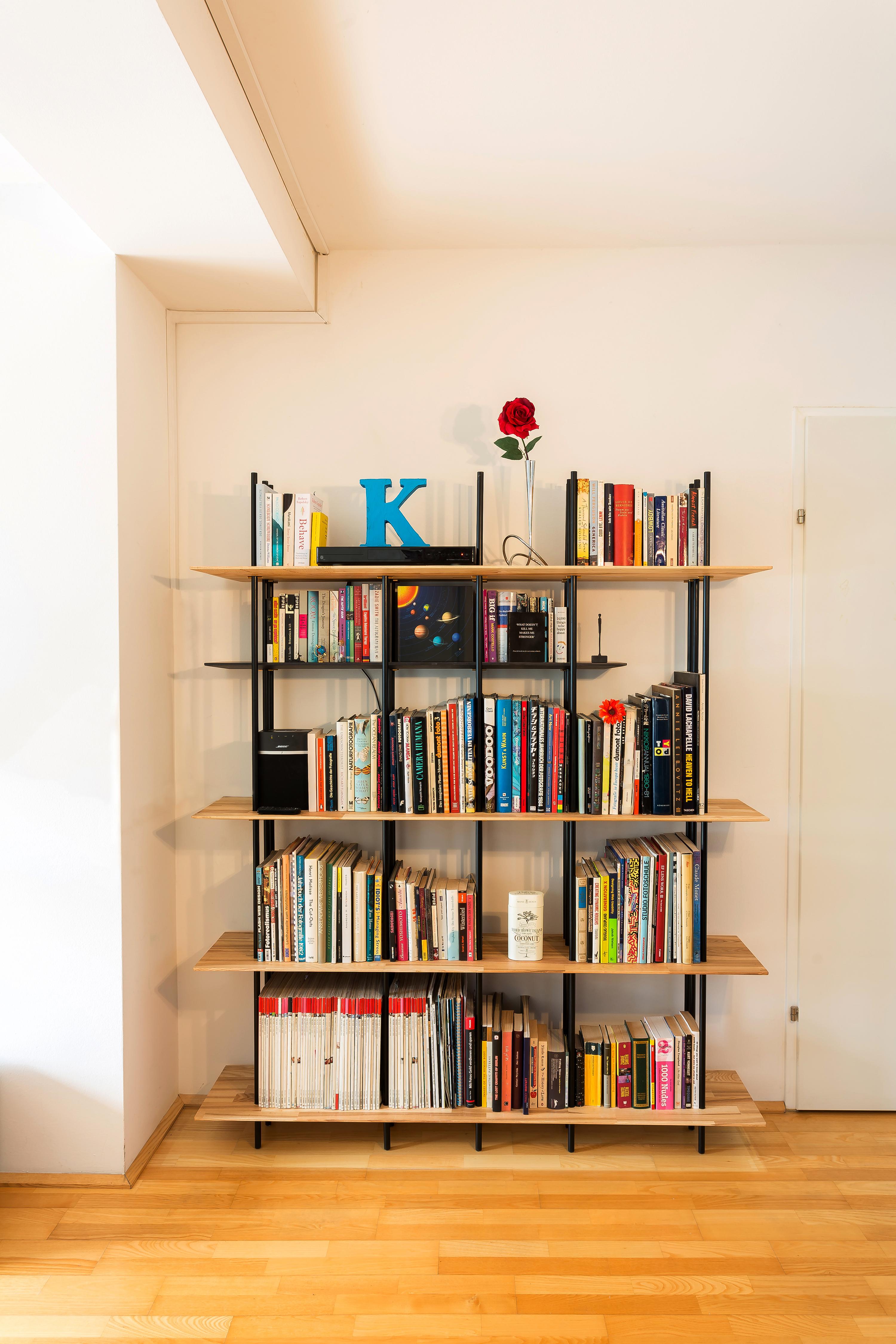 Essen Design rechte boekenkast 1.jpg